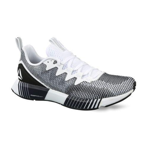 b98d31c25 Buy Reebok Men Black   White Fusion Flexweave Running Shoes online ...