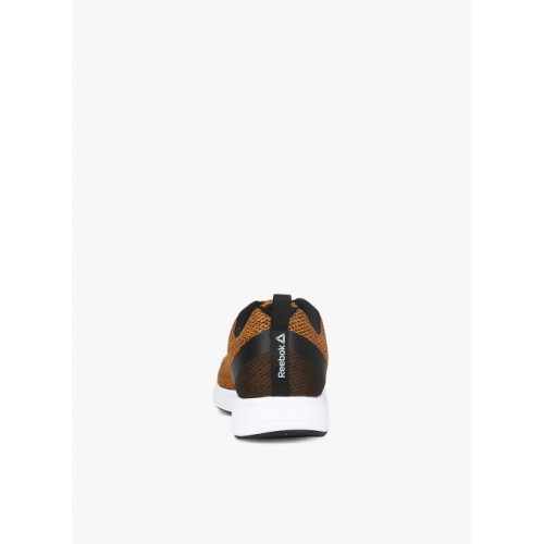 f585114c Buy REEBOK REEBOK ZOOM RUNNER LP Running Shoes For Men(Orange ...