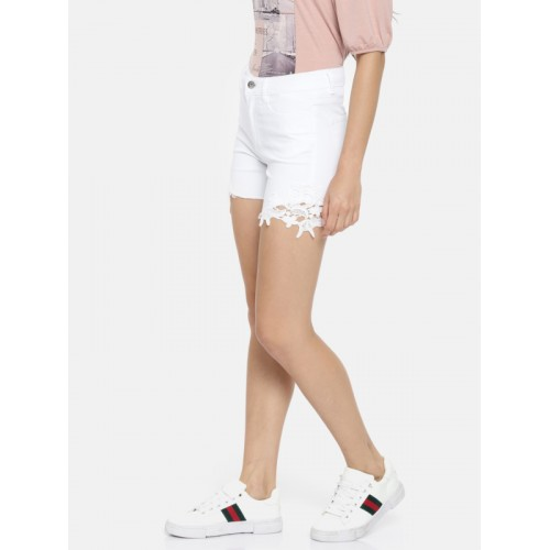 Vero Moda Women White Solid Slim Fit Denim Shorts