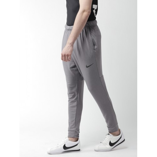 Nike Men Grey AS Dry TPR HPRDRY LT Standard Fit Training Joggers