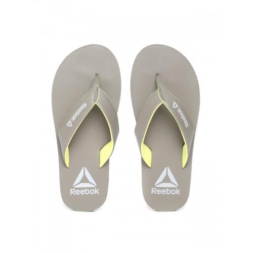 bf7639d8f549 Buy Reebok Men Grey Solid Thong Flip-Flops online