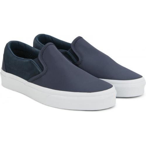 5954a994ebcccb Buy Vans Classic Slip-On Slip On Sneakers For Men(Navy) online ...