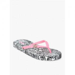 75221eac8 Buy latest Women s Slippers   Flipflops On Jabong