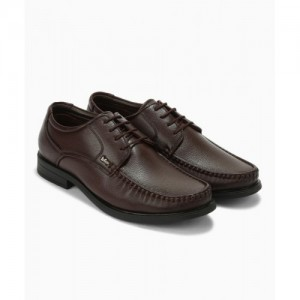 268aaf8593b Buy latest Men's Formal Shoes from Lee Cooper online in India - Top ...