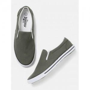 Roadster Men Grey Loafers