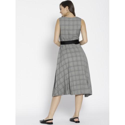 f2524b83f Buy MANGO Women Grey Checked Fit   Flare Dress online
