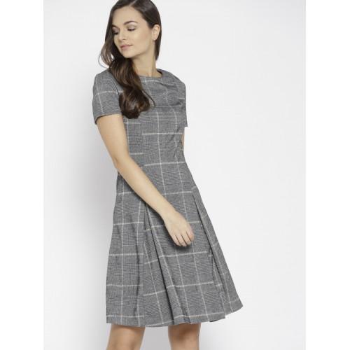 995f486ce Buy MANGO Women Grey   Black Checked Fit   Flare Dress online ...