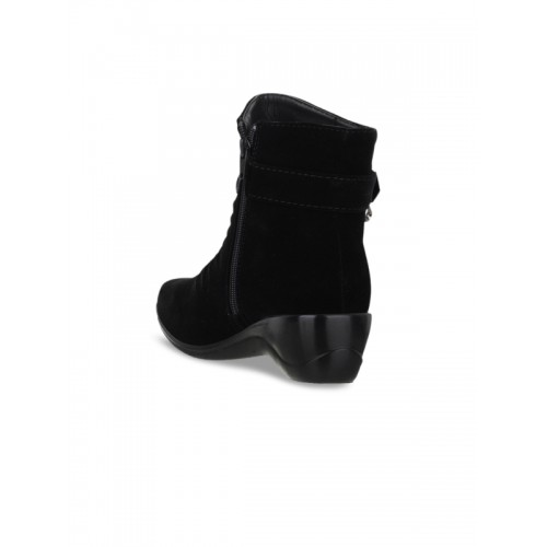 SHUZ TOUCH Black Synthetic Solid Heeled Boots