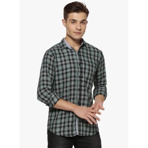 Campus Sutra Green Checked Regular Fit Casual Shirt