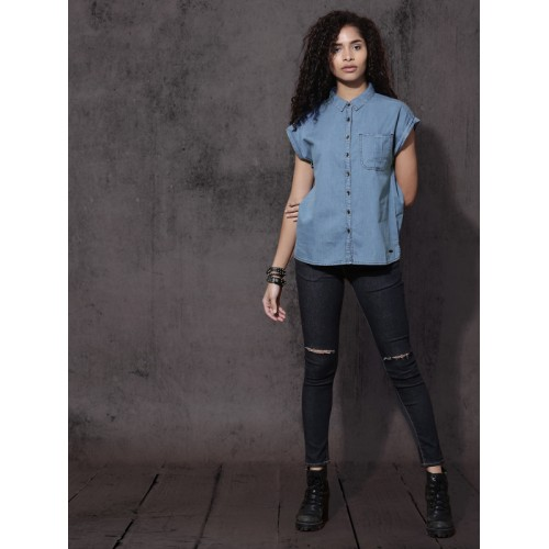 Roadster Women Blue Regular Fit Solid Casual Shirt