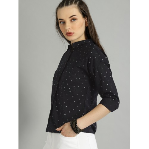 Roadster Women Black Regular Fit Printed Casual Shirt