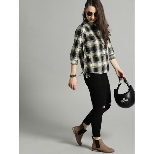 Roadster Women Black & Grey Regular Fit Checked Casual Shirt
