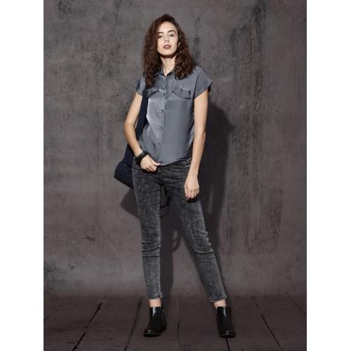 Roadster Women Grey Regular Fit Solid Casual Shirt