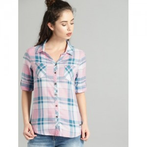 Roadster Women Pink & Blue Slim Fit Checked Casual Shirt