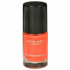Oriflame Sweden pure colour nail paint Peach pink