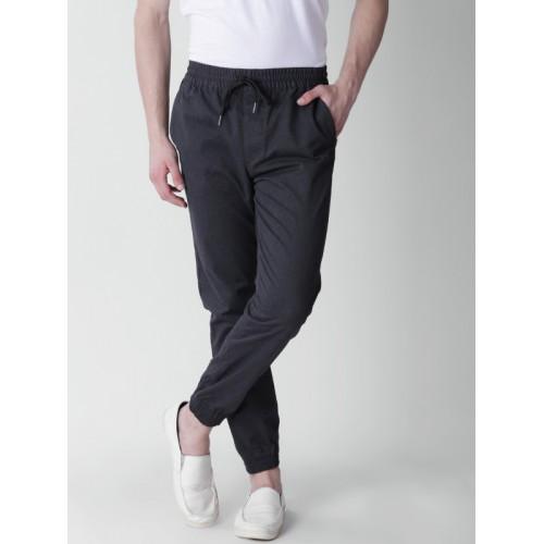 5b5cbccf2745bc Buy FOREVER 21 Men Charcoal Grey Regular Fit Solid Joggers online ...