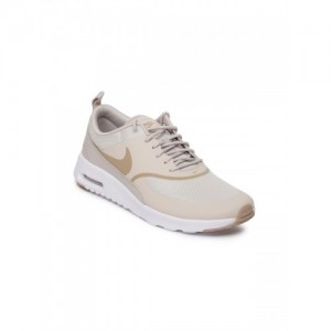 1b8a8d07f75 Buy latest Women s Sports Shoes from Nike online in India - Top ...
