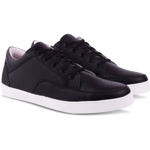 Butchi Black Casuals For Men