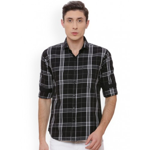 Campus Sutra Black & White Regular Fit Checked Casual Shirt