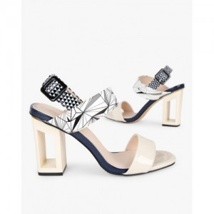 033bb94120d3 Buy latest Women s FootWear from Carlton London