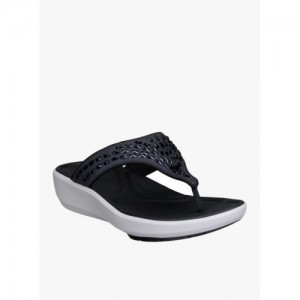 528b9c43b734 Buy latest Women s Chappals from Clarks On Jabong online in India ...