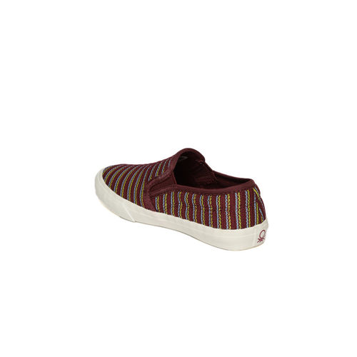 United Colors of Benetton Maroon Loafers