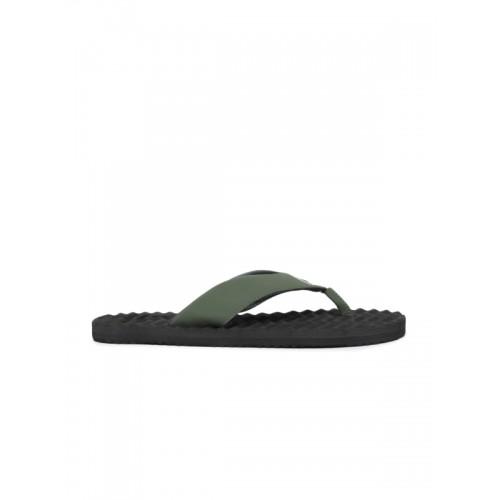 4cc1f7286 Buy Reebok Men Green Solid FEZ Thong Flip-Flops online