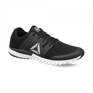 46ffebc2465 Reebok Men Black Twist Run LP Running Shoes