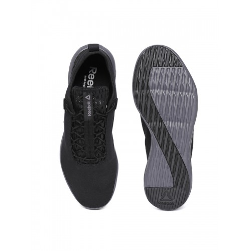 41da8d705 Buy Reebok Men Black Astro Flex & Fold Walking Shoes online ...
