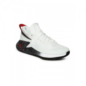 Buy latest Homens Sports sapatos On from Nike On sapatos Jabong online in India b3948e