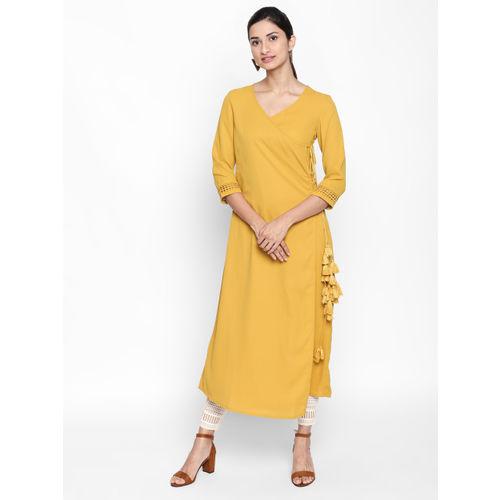 1803e43cf Buy Naari Women Mustard Yellow Solid Straight Kurta online