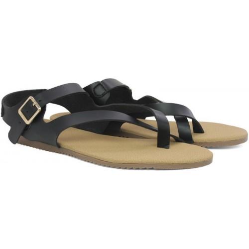 302579ff543f Buy Inc.5 Women Black Flat Sandal online