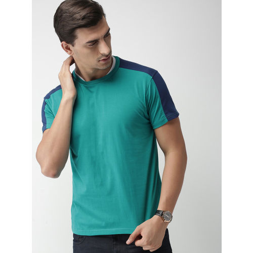 INVICTUS Men Green Solid Slim Fit T-shirt