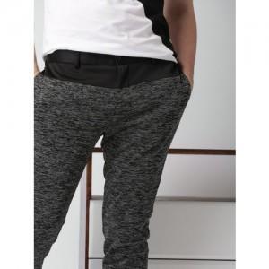 INVICTUS Men Black Slim Fit Patterned Regular Trousers