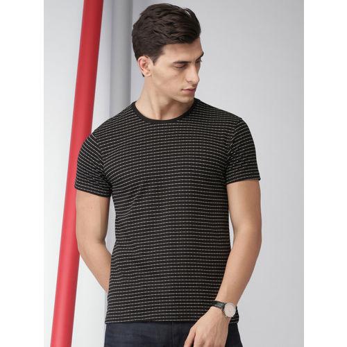 INVICTUS Men Black Printed Round Neck T-shirt