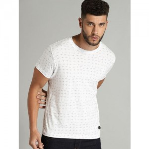 Roadster Off-White Solid Round Neck T-shirt