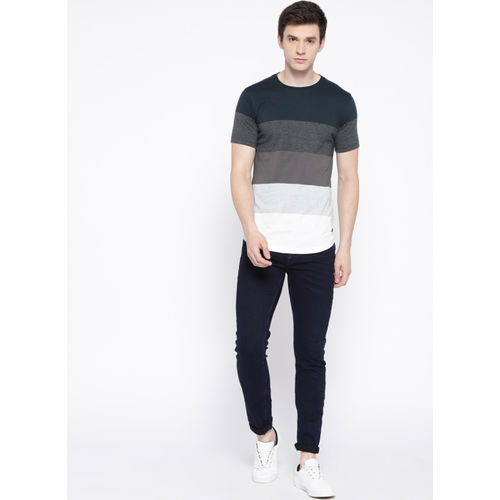 Roadster Navy Blue Colourblocked Round Neck T-Shirt