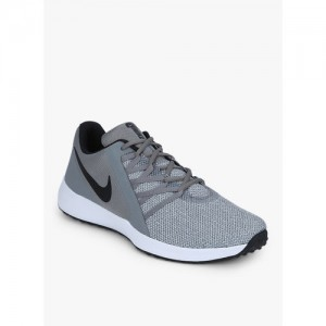 fcbd187b21cf Buy latest Men s Sports Shoes from Nike On Jabong online in India ...