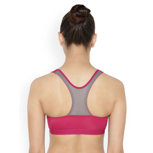 861110ac1c0e0 ... Triumph Pink Solid Non-Wired Lightly Padded Sports Bra 7613141188006 ...