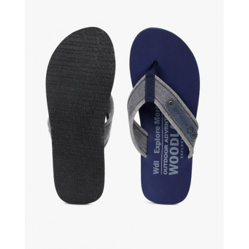 WOODLAND Thong-Style Flip-Flops with Textured Straps