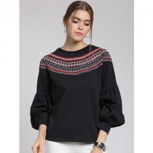 plusS Women Black & Red Self Design Sweatshirt