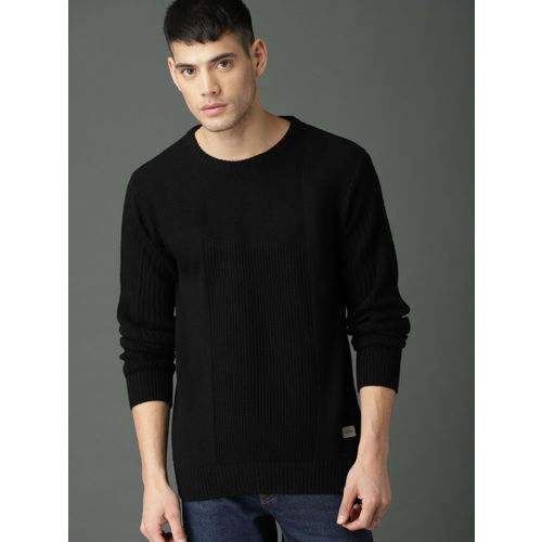 Roadster Men Black Solid Pullover Sweater