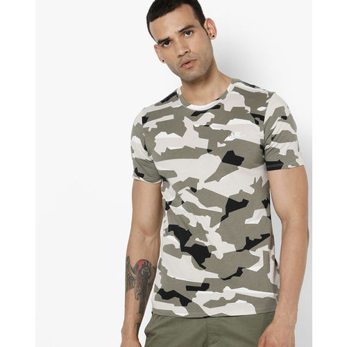 47e6dc693263 Buy NIKE Camouflage Print Crew-Neck T-shirt online