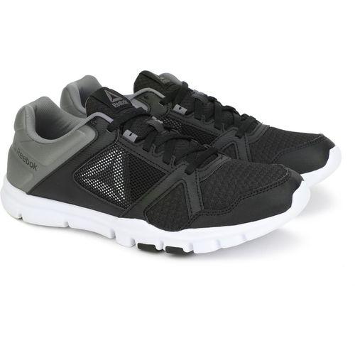 7b15fa7eba38b5 Buy REEBOK YOURFLEX TRAIN 10 MT Training   Gym Shoe For Men(Black) online