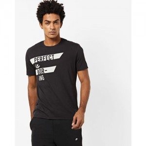 Levis Black Cotton Printed Regular Fit Round Neck T-Shirt