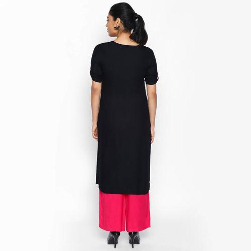 naari NAARI Women's Black Embroidered Rayon Stitched Kurti
