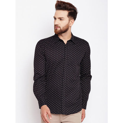 Oxolloxo Men Black Regular Fit Printed Casual Shirt