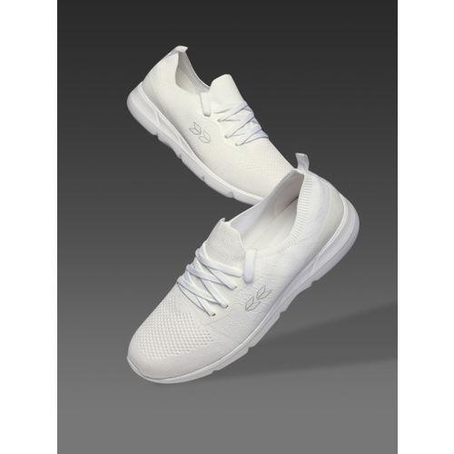 Crew STREET Men White Running Shoes