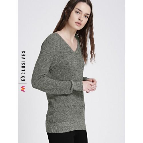 GAP Black & White V-Neck Pullover Sweater