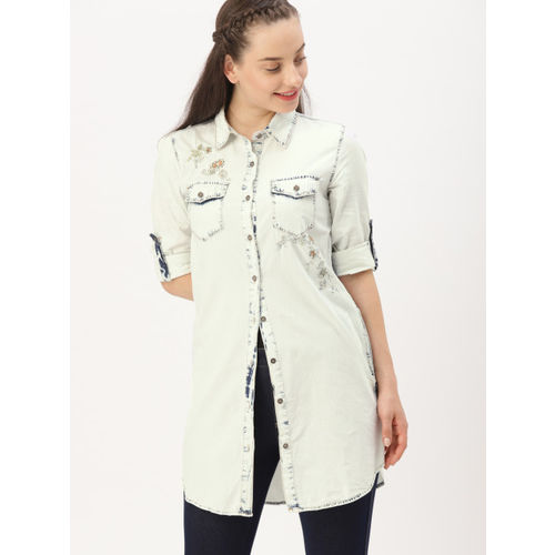 DressBerry Women Blue Solid Denim Longline Shirt